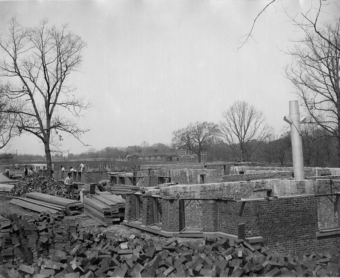 Shilling Hall construction, 1902