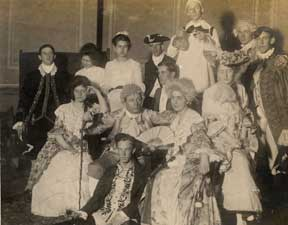 1904 production of She Stoops to Conquer