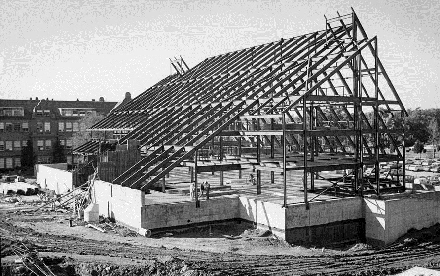 Staley Library construction, 1977
