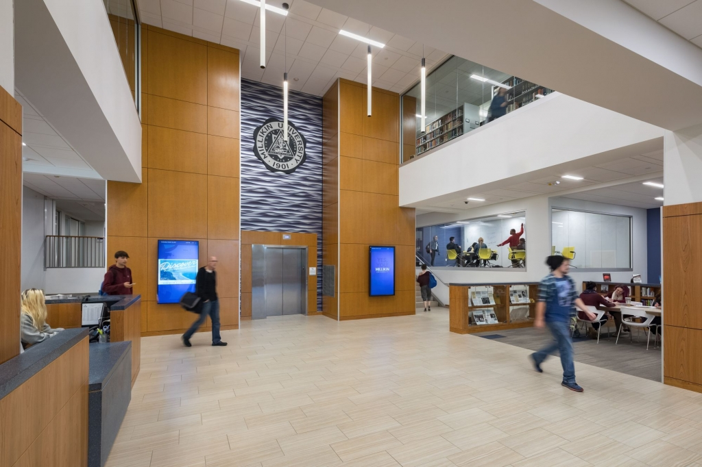 University Commons Welcome Area/Desk