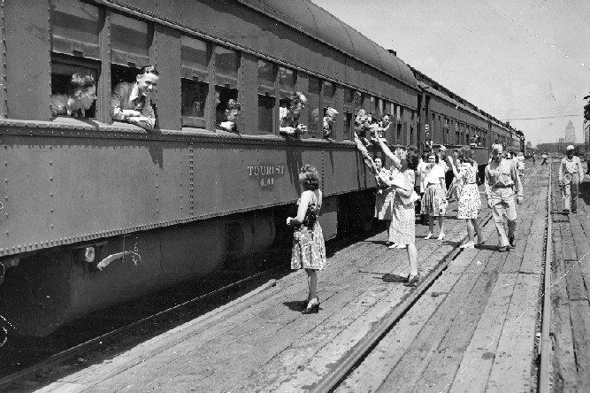 June 1944 image of Army Air Corps cadets departing Wabash Station in Decatur